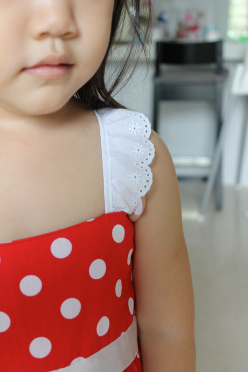 Lace straps on Minnie Mouse Dress